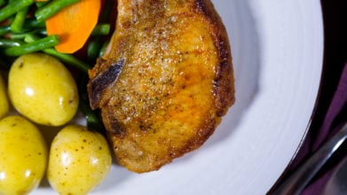 Smoky Pork Chops with Baby Potatoes & Green Beans