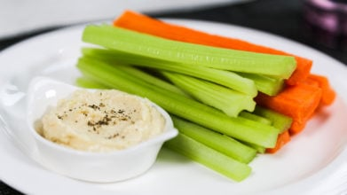Hummus with Veggies