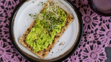 Smashed Avocado Crackers